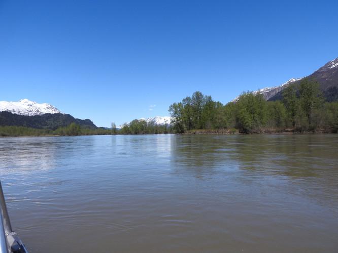 chilcat-river.jpg