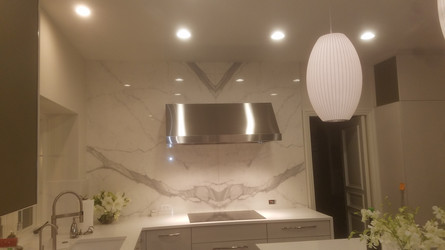 Porcelain Wall with Floating Hood