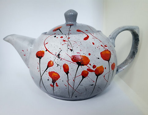RED POPPIES PORCELAIN TEAPOT