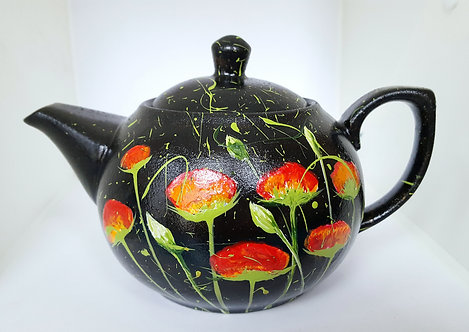 RED POPPIES IN THE BLACK PORCELAIN TEAPOT