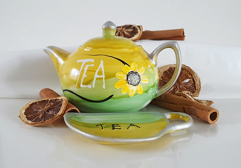 MORNING DAISY Teapot and Tea Bag Holder -  Hand Painted | Dishwasher Safe |