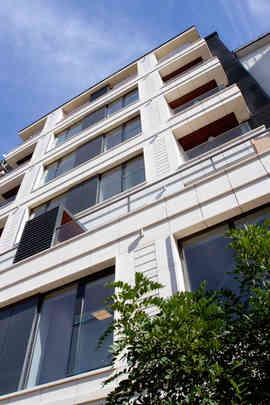 Многофамилна  жилищна сграда квaртал Възраждане