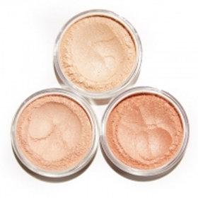 Priia LumiLites Acne safe highlighter powder
