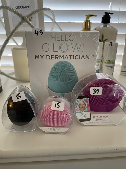 CLEARANCE 5/1-5/7 Mini Cleansing tool