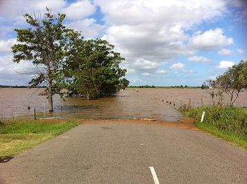 flooded-491245_1920.jpg