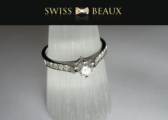 Ring: 18 karat white gold