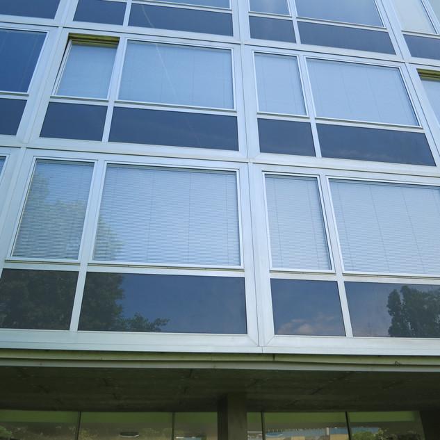 Stores Vénitiens aluminium - Meyrin 2014