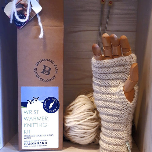 Wrist warmer Knitting Kit - cream