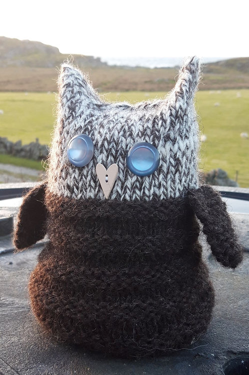 Owl Doorstop Knitting Kit