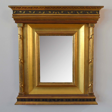 Tabernacle frame. Water gilded with egg tempera sgrafitto