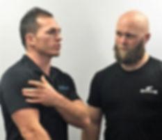 Talking about shoulder pain