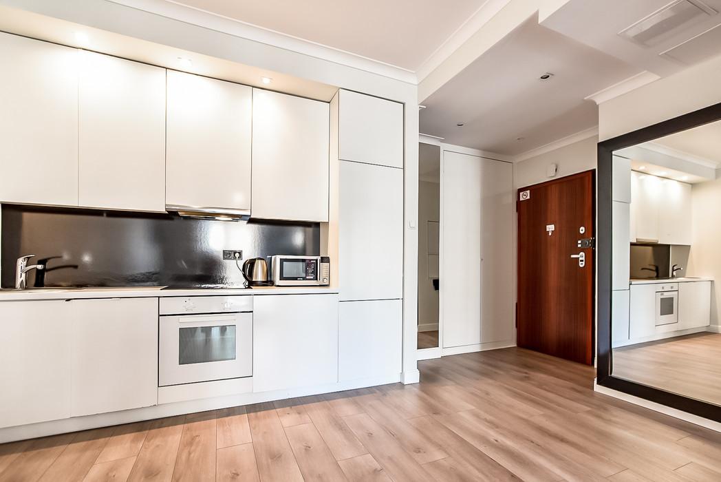 Wrasaw Platinium Flats for rent_7.jpg