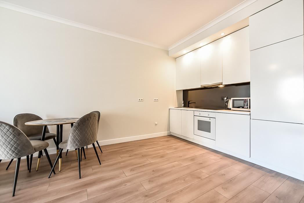 Wrasaw Platinium Flats for rent_4.jpg