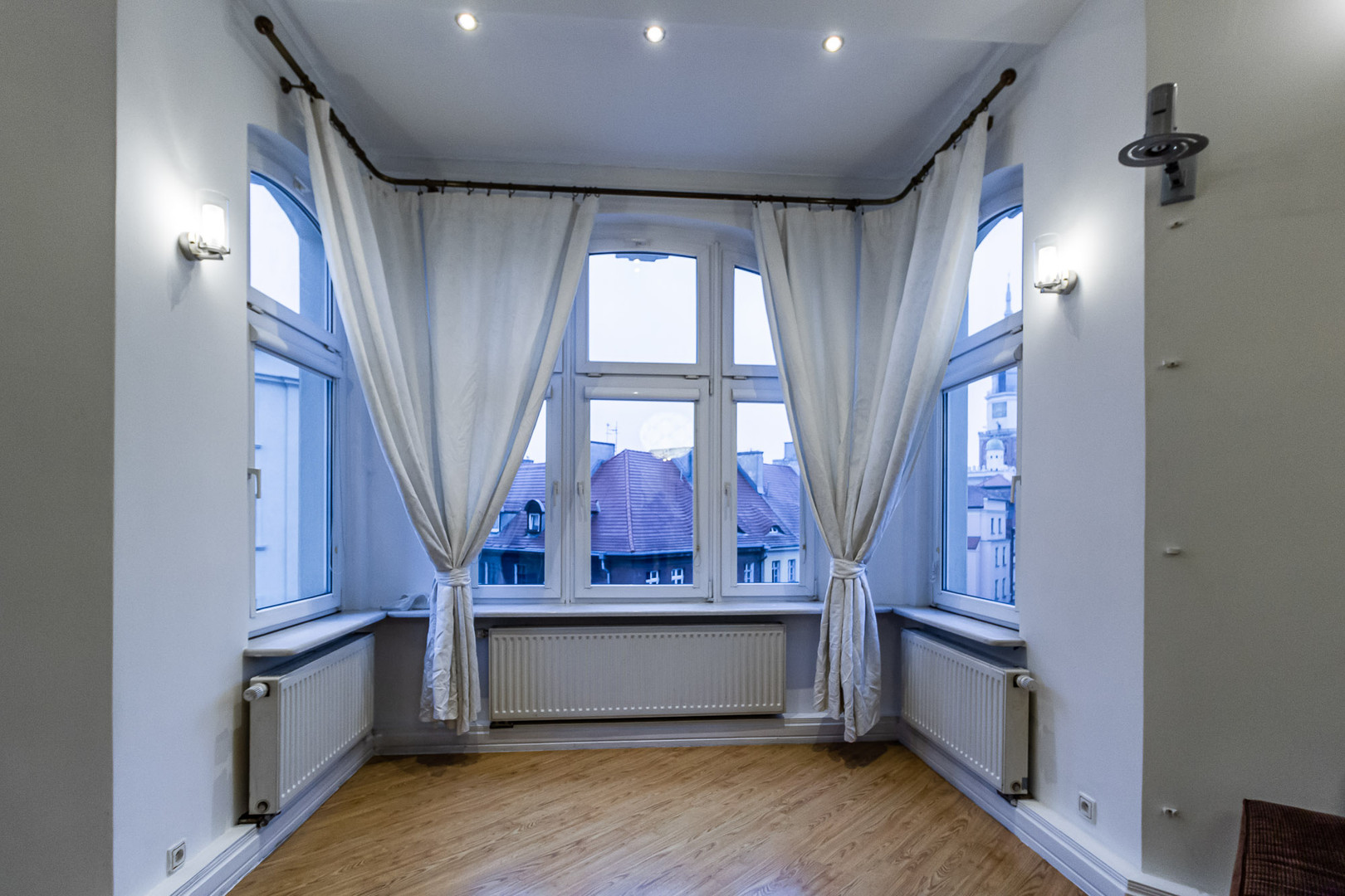 Poznan Old Town apartments for rent-5.jp