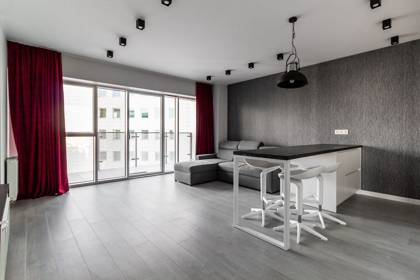 Apartaments for rent Towarowa Str-12.jpg