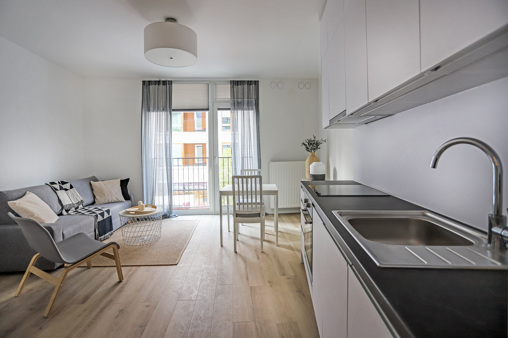 Flat to rent in central warsaw.jpg