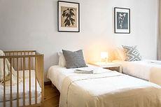 Apartament z łóżeczkiem dla dziecka