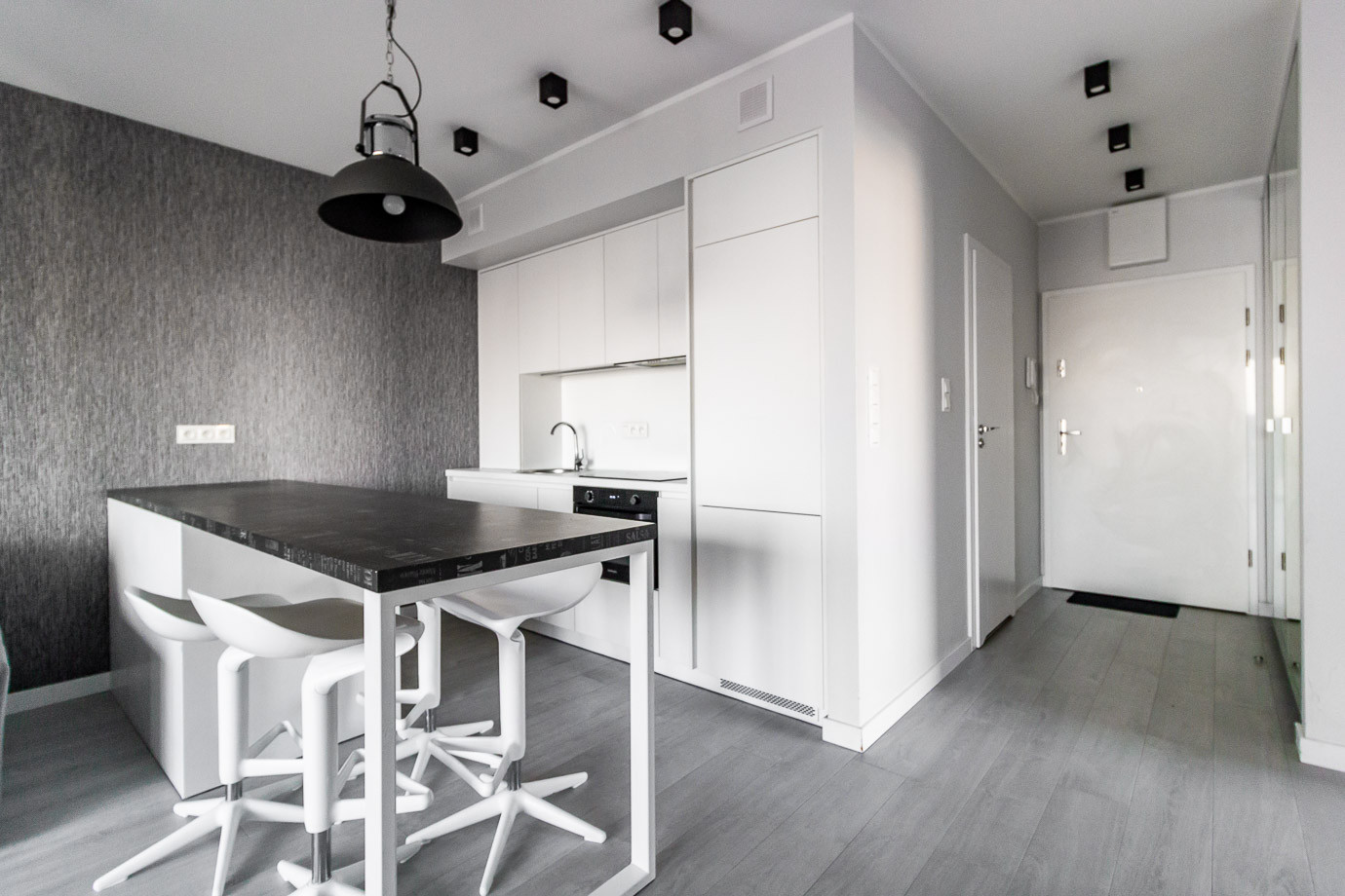 Apartaments for rent Towarowa Str-15.jpg