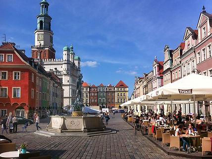 Stary Rynek Poznan.jpg