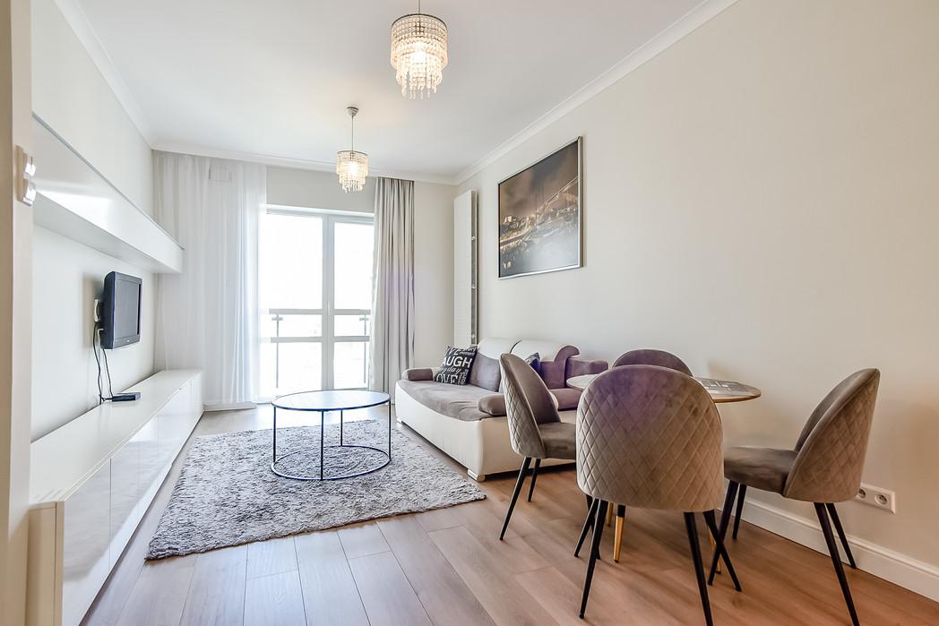 Wrasaw Platinium Flats for rent_5.jpg
