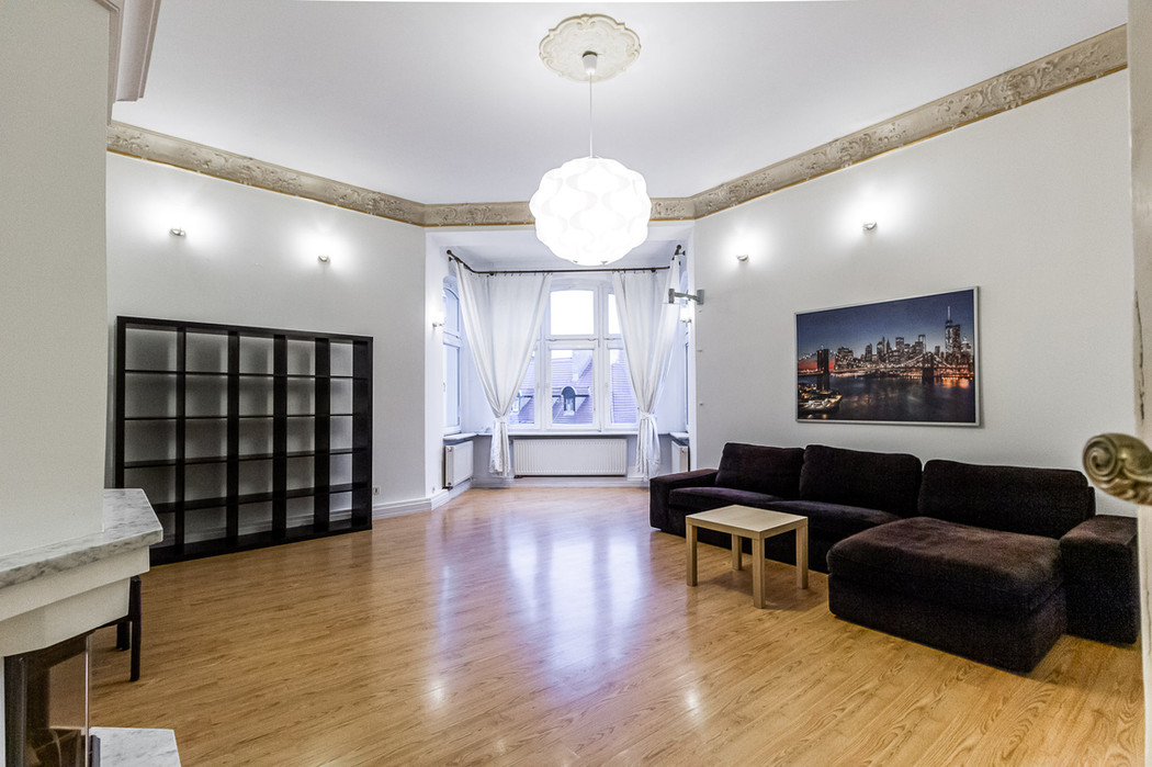 Poznan Old Town apartments for rent-3.jp