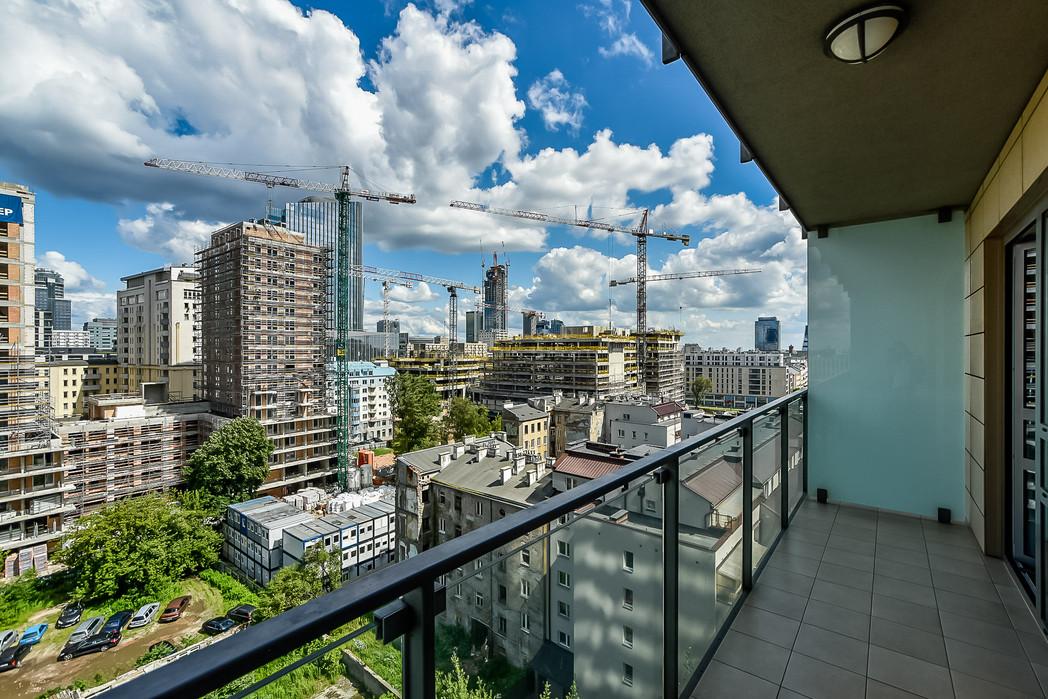 Wrasaw Platinium Flats for rent_1.jpg