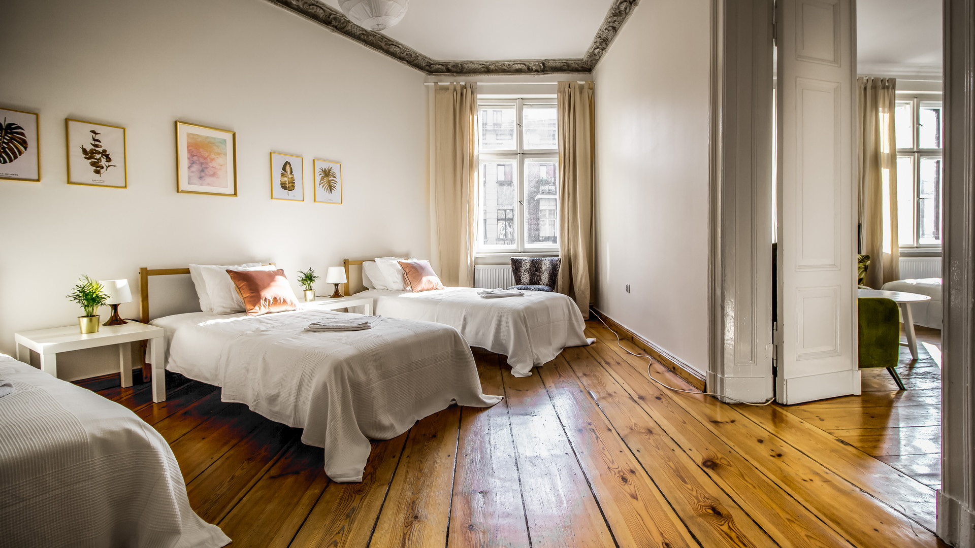 Apartmemt for 5 persons Poznan Old Town.jpg