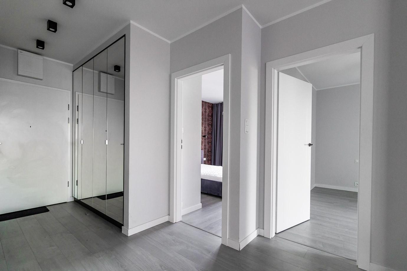 Apartaments for rent Towarowa Str-16.jpg