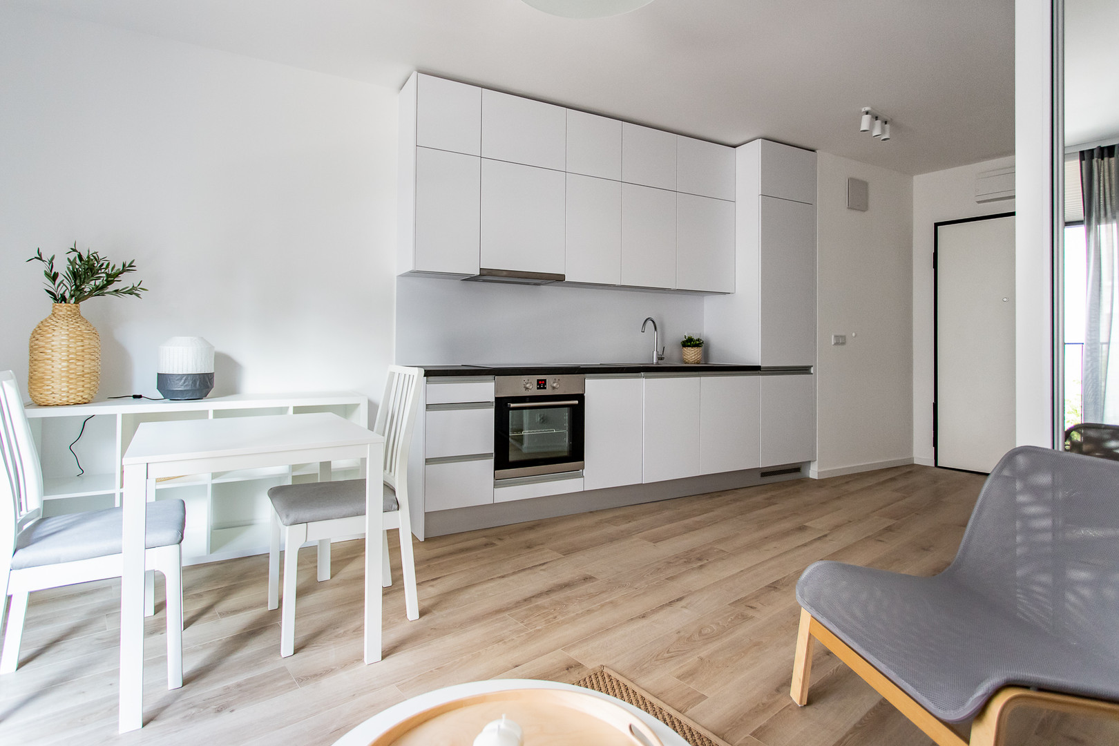 Wrasaw Centre Apartments for rent_2.jpg
