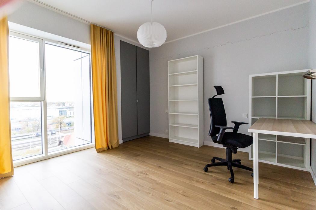 Poznan Towarowa for rent7.jpg