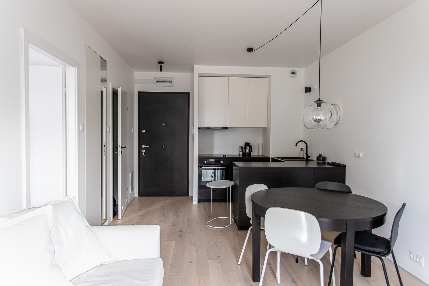 Flat to let Ursa Warsaw-5.jpg