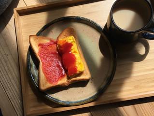 今朝はパンを食べます!