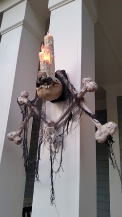 Halloween Skull Candle Wall Sconce Wreath 9