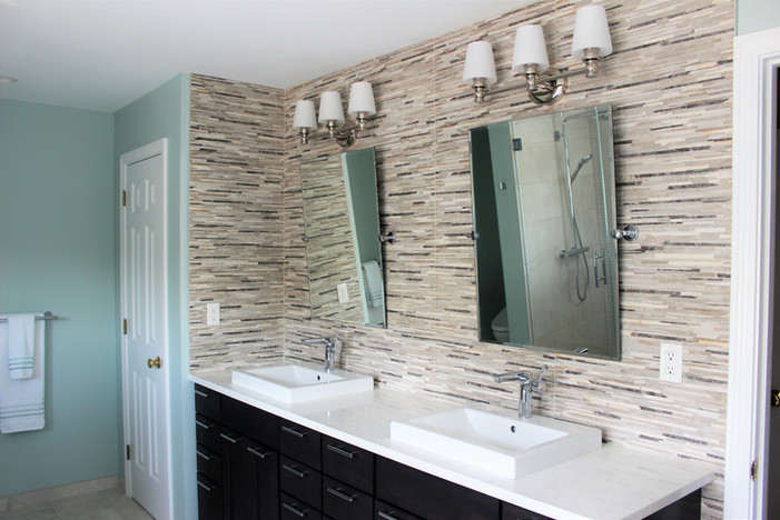 Berk master bathroom, designed by Patty Heath.