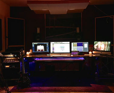 Reé Uyumaz Studio