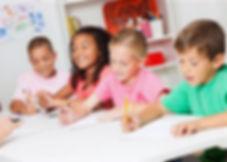 elementary_school_kids_drawing_web_edite