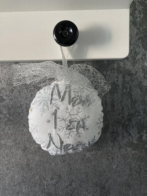 """Boule """"Mon 1er Noël"""" Argenté"""