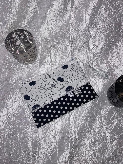 Petit Pochette Mickey noir et blanc