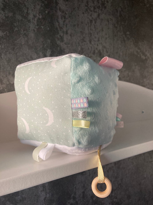 Cube d'activité Poule Pastel 6 couleurs