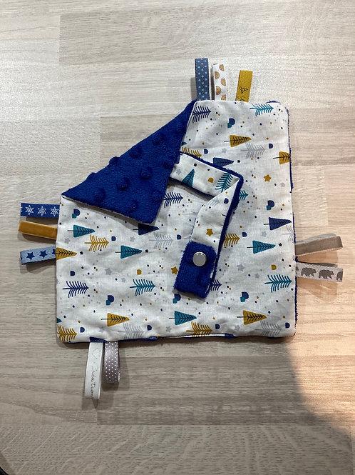 Doudou étiquette attache sucette Sapin Bleu Roi