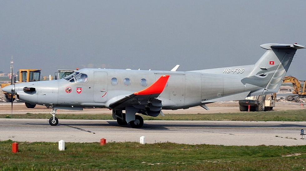 ACE collectors edition Pilatus PC-12 HB-FOG 1:72