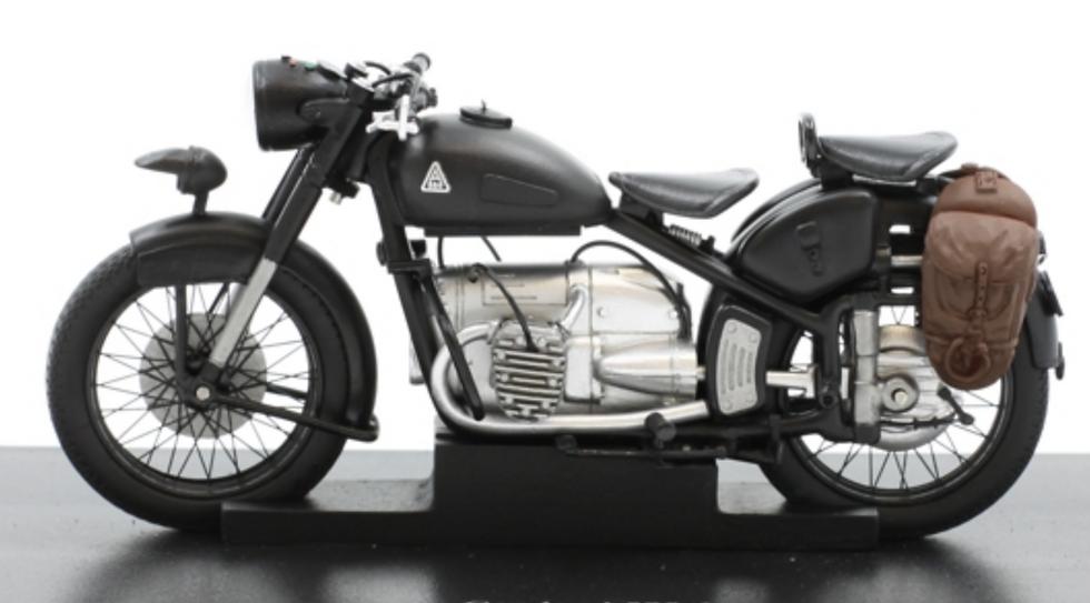 ACE collectors edition Motorrad Condor A 580-1 Schweizer Armée en Résine 1:18