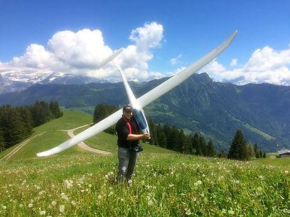 planeur vol de pente suisse discus grande plume futaba arnaud carrard
