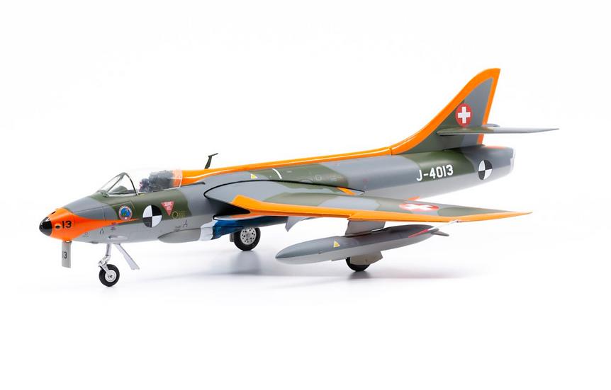 ACE collectors edition Hawker Hunder Mk.58 J-4013 Métal 1:72