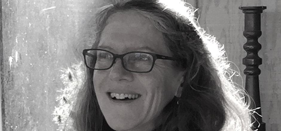 Lisa Looking - B&W.jpg