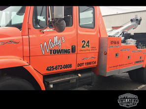 vinyl tow truck graphics for Wally's tow