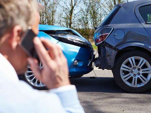 O que fazer ao bater o carro? 5 Dicas Profissionais