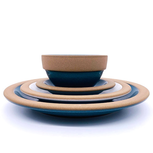 "HEATH CERAMICS ""Rim Line Blue"""