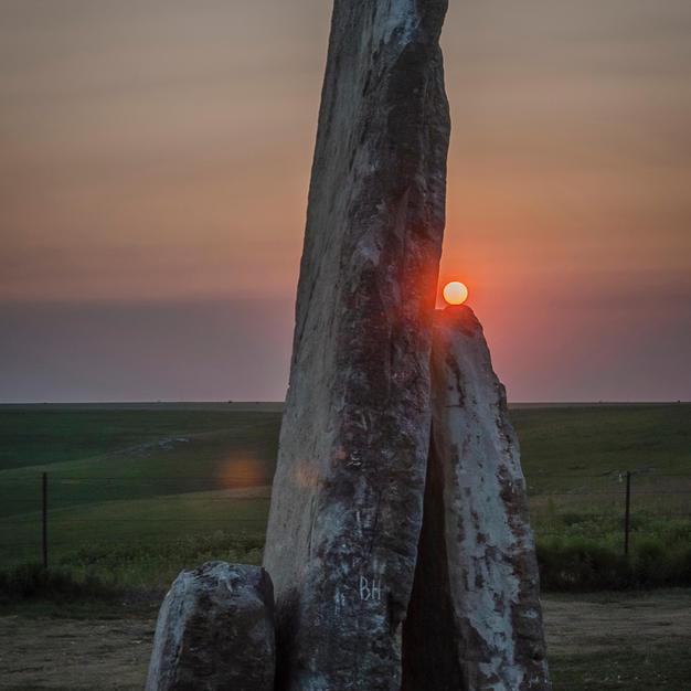 Resting Sun on Teter Rock