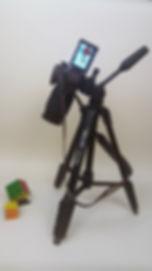 הצבת מצלמה על גבי חצובה